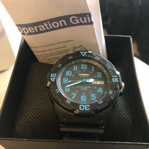 EUC Casio Men's black analog watch